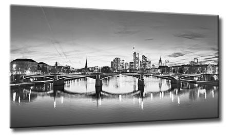leinwand bild frankfurt skyline schwarzwei wasser nachts flu main st dte city ebay. Black Bedroom Furniture Sets. Home Design Ideas